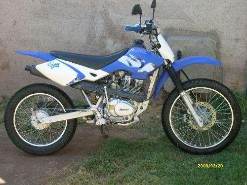 Moto maverick enduro calle 125cc