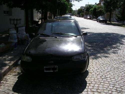 Fotos de Vendo urgente ford escort disel 1999 c/a 3