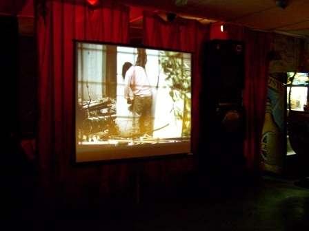 Alquiler de pantalla gigante proyector cañon de video