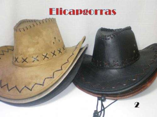 Sombreros cowboy y texanos en cuero ecologico y gamuzados
