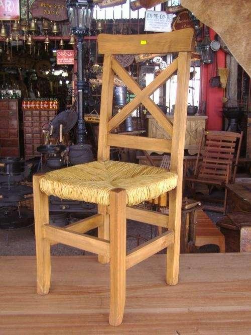 Sillas, asiento de madera o de junco