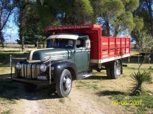 Vendo camion ford modelo 46. original
