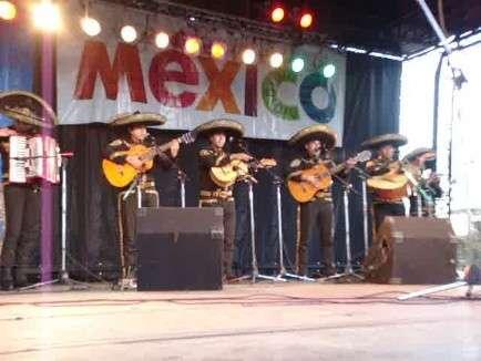 Mariachi,mariachis, en argentina 48481752