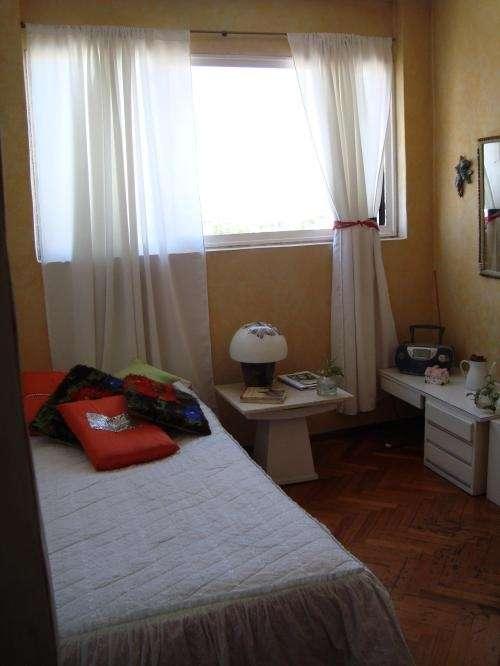 Alquilo habitacion- belgrano r. estudiantes/empleados.