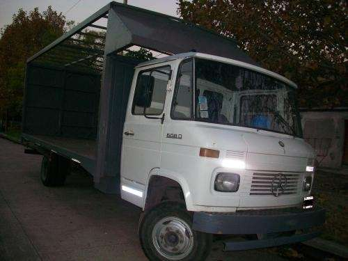 Vendo camion mercedes benz 608