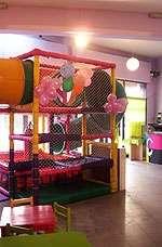 Fotos de Salon de fiestas infantiles - pelotero - villa tesei 4