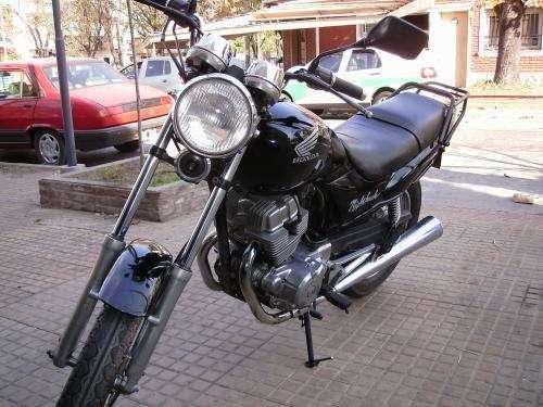 Honda nighthawk 93, negra excelente estado original, titular, al dia