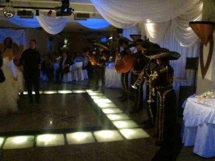 Alquiler de mariachis 48481752