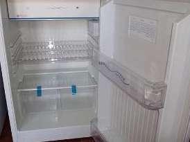 Vendo heladera lacar bajo mesada impecable