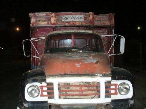 Vendo camion bedford