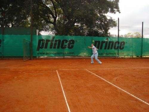 Escuela de tenis entrenamiento competitivo