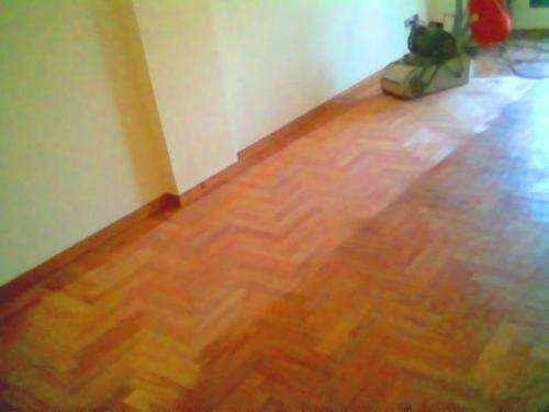 Pulido y plastificado en pisos de madera