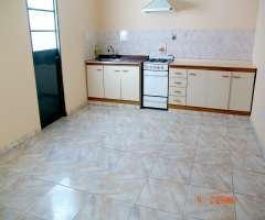 Villa luro 2 amb alquilo hermoso ph con patio sin expensas