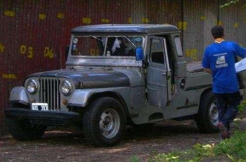 Urgente vendo jeep ika largo chapa 1963