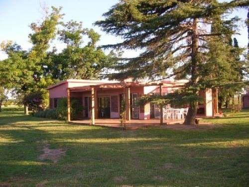 Alquilo casa quinta en villa constitución para enero 2010