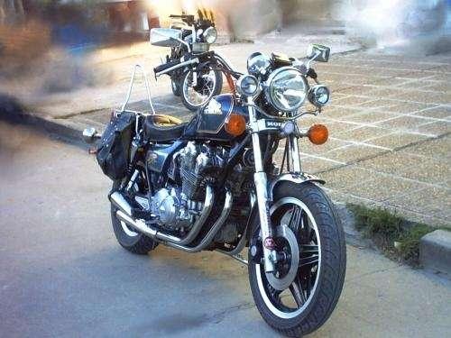Vendo moto honda 750