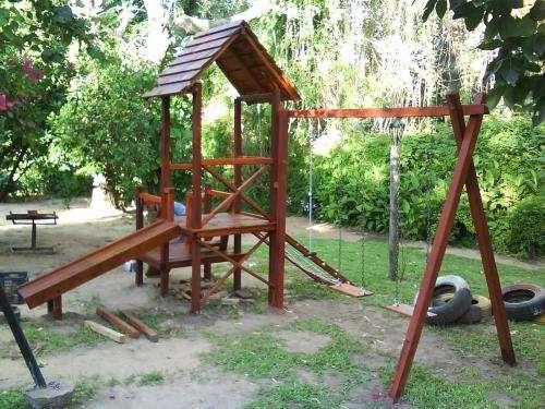 Cabaña para niños y juegos infantiles de madera en Santa Fe - Otros ...