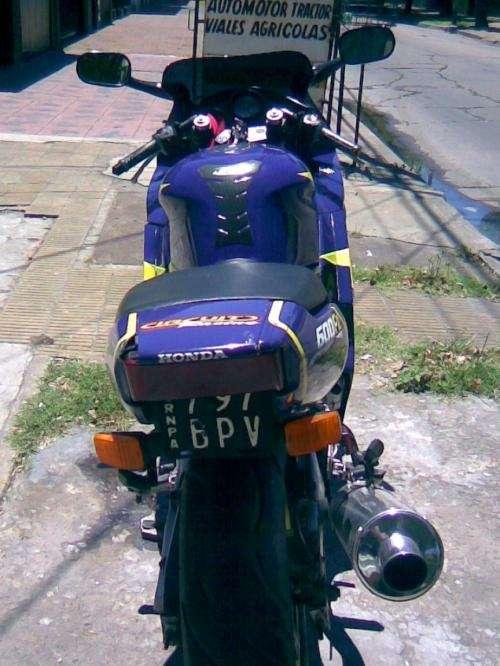 Fotos de Vendo moto honda cbr 600 3