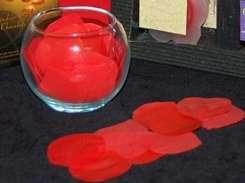 Desayuno aniversario waffles bombones rosas petalos de jabon