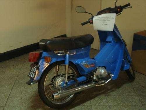 Vendo moto guerrero econo 50 2009 casi sin uso