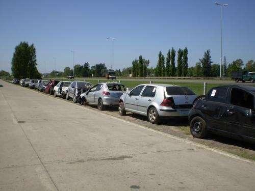 **********************vendo repuestos de vehiculos importados******************