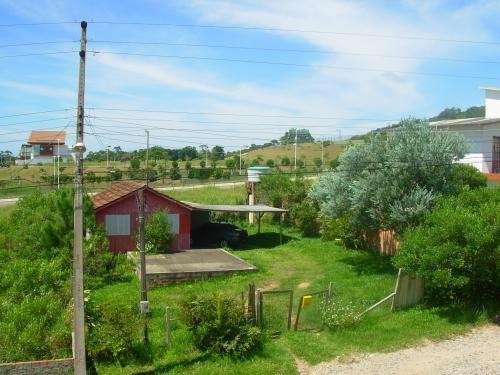 Dueño vende exelente terreno en florianopolis frente a campo de golf .