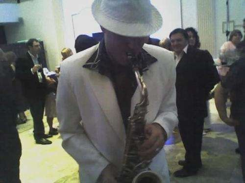 Saxofonista para eventos 1° nivel!