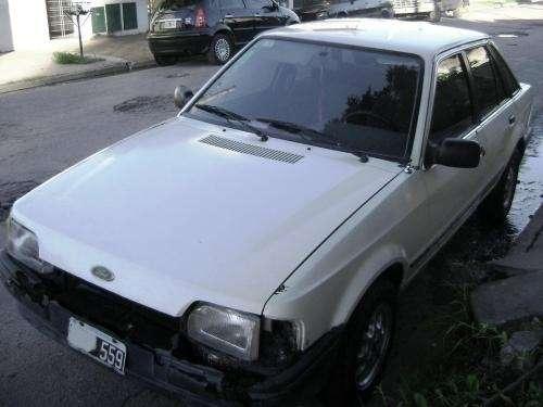 Vendo ford escort ghia 1.6 sedan 5 ptas a/a gnc $13500