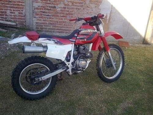 Honda xr 200r 94 japon vendo/permuto yz rm cr kx 125 o sup