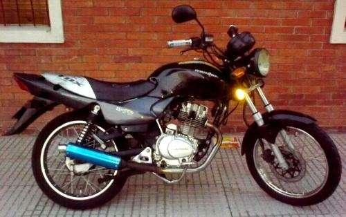 Vendo moto guerrero queen gc 125