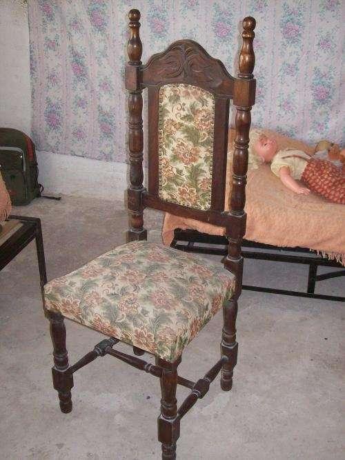 Juego de comedor mesa y 6 sillas $550 oferta.de pino brasilero talladas