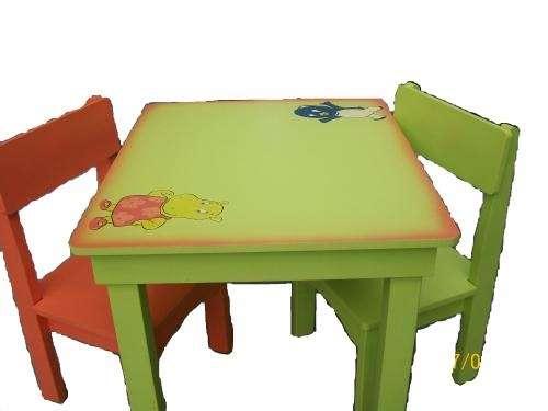 Muebles infantiles mesas y sillas laqueadas para niños en Capital ...
