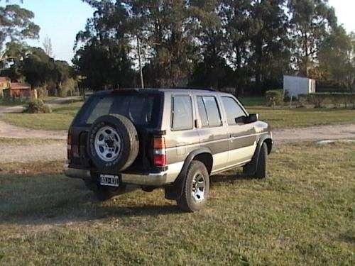 Nissan pathfinder 4x4 - excelente estado- modelo 1995