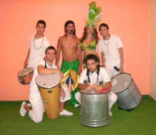 Show brasilero, reggaeton, batucada, capoeira y zouk - lambada