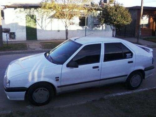 Vendo auto renault 19 md 95 rni full full