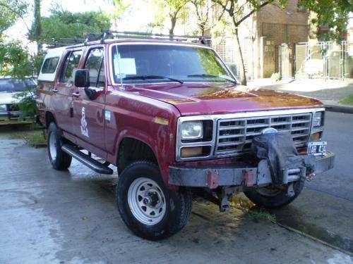 Ford f 100 doble cabina 4x4