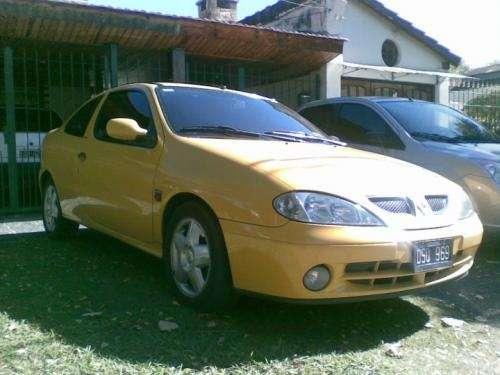 Vendo urgente coupe megane amarilla 2001 78.000km!!!