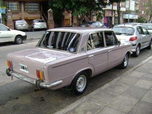 Vendo auto fiat 1600 berlina cuatro puertas