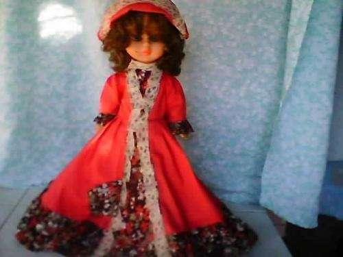 Vendo muñeca decada del 80