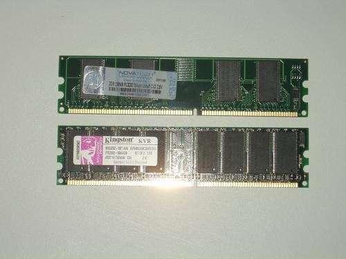Targeta de memoria de 256 ddr y 512 kvr