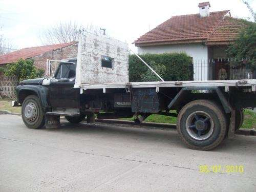 Camion ford-600 motor 911mercedes benz