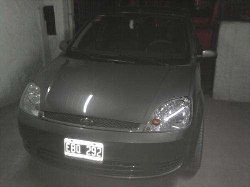 Ford fiesta tdci 2002 full exelente!