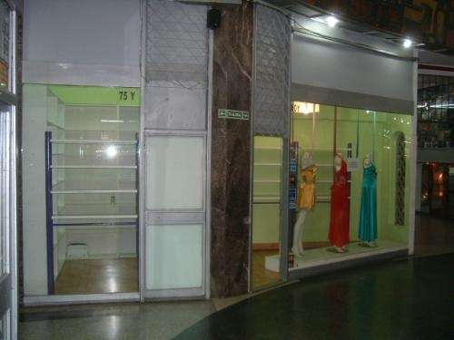 Alquilo local en galería comercial