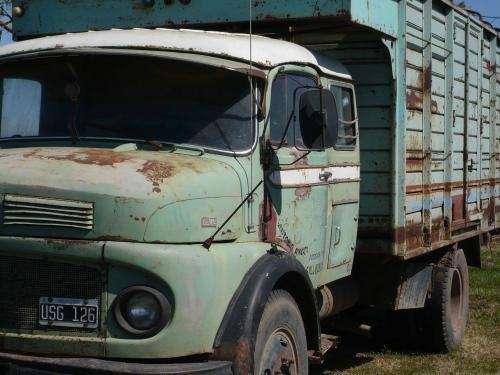 Vendo camion mercedes oportunidad