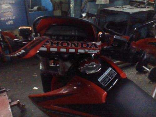 Vendo moto tornado 2010