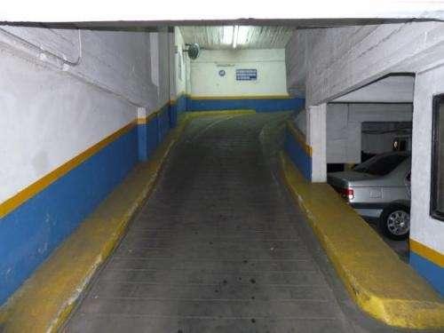 Fotos de Excelente fondo de comercio de garage 1