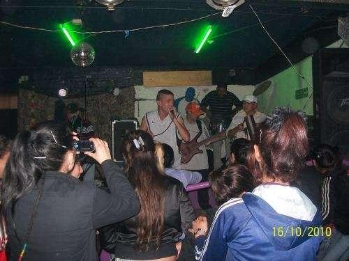 "Show de cumbia en vivo!! ""la gira"" difucion 2011"