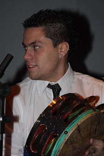 Percusionista arabe sesionista
