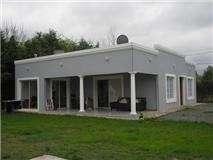Vende exelente casa en pilar