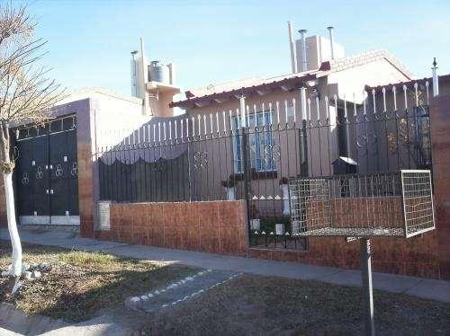 Vendo casa 2 dormitorios c/ 2da construccion nivel dintel